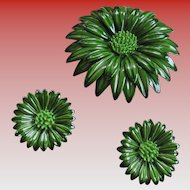 Green Enamel Sunflower Brooch/Clip on Earrings