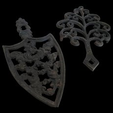 J.Z.H.1951-1952 Cast Iron /Sad Iron Trivet & Family Tree - Red Tag Sale Item