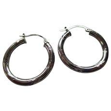 10 Kt White Gold Hoop Earrings