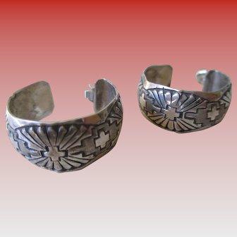 Silver 925 Hoop Carved Post Earrings