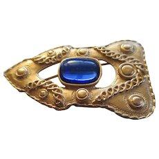 "Trifari "" Murcella Saltz"" Blue Stone Arrow Brooch"