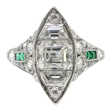 Art Deco Engagement Ring Vintage 1920's 2.22ct t.w. Green Emeralds Emerald Cut Step Cut Trapezoid Wedding Anniversary Cocktail Ring Platinum