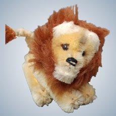 Adorable little Vintage 1950's Schuco Mohair Lion