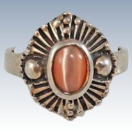 Modernist Cats Eye Sterling Silver Ring 4.2 grams Size 7.5 c1960s