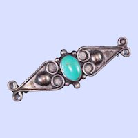 Old Pawn Native American Turquoise Sterling Silver Brooch Pin 8.8 grams  c1940s