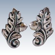 Jewel Art Acorn Acanthus Leaf Sterling Silver Screwback 3.5 grams Earrings c1940s