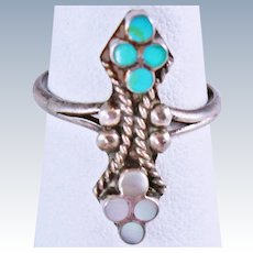 Native American Old Pawn Turquoise Mother of Pearl Sterling Silver Size 5.5 Ring 2.8 grams  c1940s
