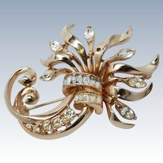 Coro Craft Abstract Floral Brooch / Pin c1950