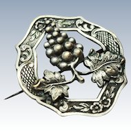 Aesthetic Period 800 Coin Silver Grape Clusters Leaves Brooch Pin c1900 - 1910