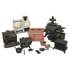 Antique Miniature Cast Iron Doll House Stove Lot