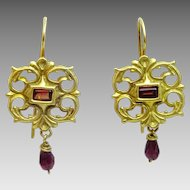 Handmade 18 karat Gold and Rhodolite Garnet sculptured Earrings