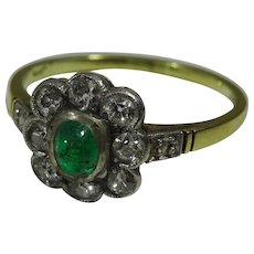 Vintage Emerald and Diamond 14 karat Gold Ring