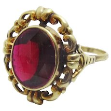Vintage 14 karat Gold and Garnet Ring