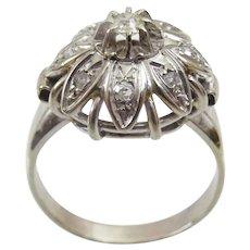 Vintage 18 karat White Gold and Diamond Ring