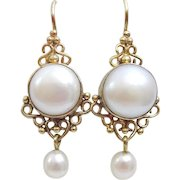 9 karat Gold Wire work and Pearl Earring