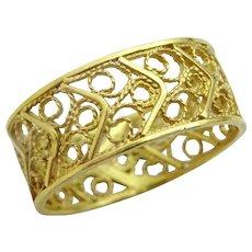 Vintage Handmade 14 karat Gold Filigree Ring