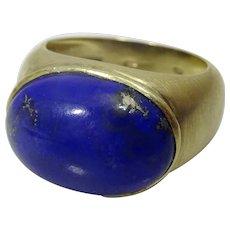 Handmade contemporary Ring 14 karat Gold and Lapis Lazuli