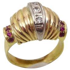 Vintage 18 karat Gold , Diamond and Ruby Ring