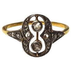 Art Deco 18 k Gold and Diamond Ring