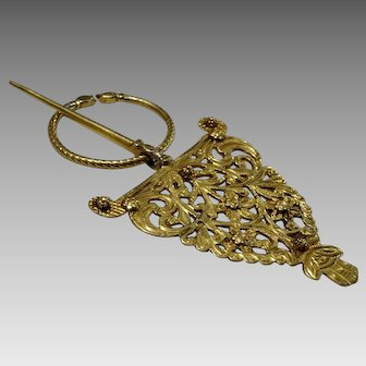 Rare 22 karat Gold North African Fibula