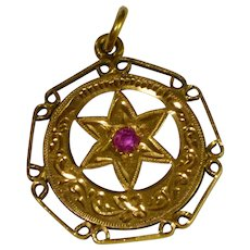 Vintage 18 karat Gold  and Ruby Moroccan Pendant