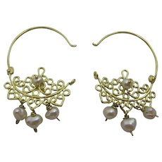 Unique Signature 18 karat Gold Hoop Earrings with Pearls