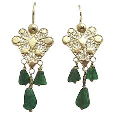 9 karat Gold Earrings in the Kurdish style with Green Agate