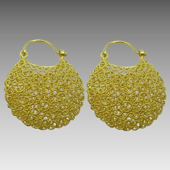 Traditional Orrisa Style 18 karat Gold Filigree Earrings