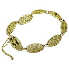 Vintage French  18 karat Gold Art Deco Filigree Bracelet