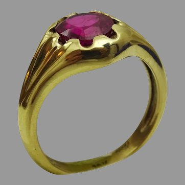 Handmade 18 karat gold Ring set with Authentic Imitation Spinel