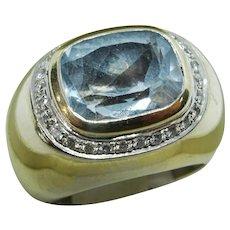 Vintage H. Stern Aquamarine and Diamond 18 karat Gold Ring