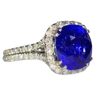 Amazing  5.05 carat Sapphire and Diamond Platinum Ring