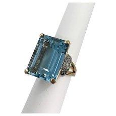Retro 14kt and Platinum Aquamarine & Diamond Ring 26 carats