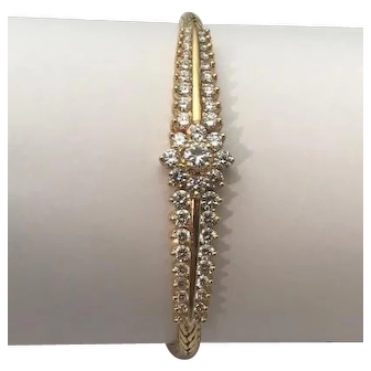 Modern Diamond and 14kt Yellow Gold Bracelet 3.2ctw