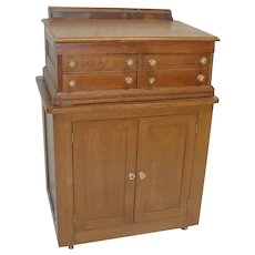 CLARKS Spool Cabinet with Storage Base