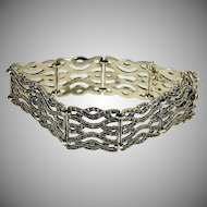 Gorgeous sterling silver  marcasite gate bracelet with 9 gates