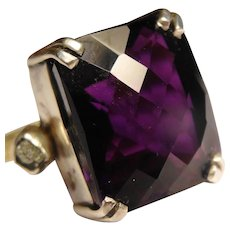 Gorgeous gold and amethyst and diamond ring