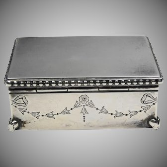 Antique Sterling silver Walker and Hall jewellery box/casket hallmarked birmingham 1913