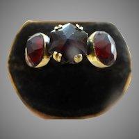 Beautiful Hexagon garnet three stone ring