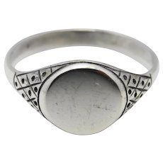 Gorgeous vintage silver signet ring