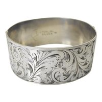 Beautiful Charles Horner engraved silver bangle
