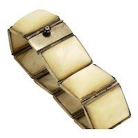 A beautiful Art Deco silver mother of pearl bracelet