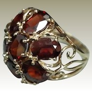 Mid-century Floral Motif Garnet Ring in Yellow Gold