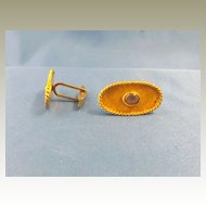 Vintage 14 karat  Gold , Gray Star Cuff Links