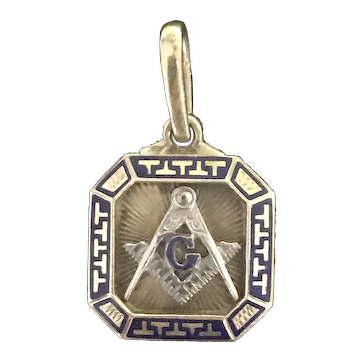 Masonic Antique 18kt gold and enamel pendant