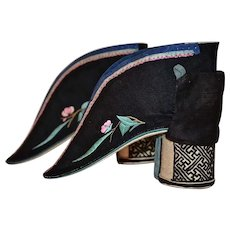 Chinese Black Silk Appliqué Lotus High-Heel Shoes
