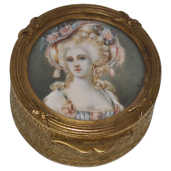 19th Century French Round Embossed Miniature Metal-Box