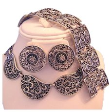 1960's BOLD Beautiful Ornate Silver Tone Design Necklace Bracelet & Earrings PARURE