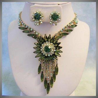 JULIANA 1962 Sassy SUNBURST Design Rhinestones Necklace & Earrings Book Piece