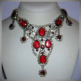 1960's Regal RED Rhinestones RUNWAY Glitzy BIB Necklace